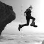 ホログラムを登る男